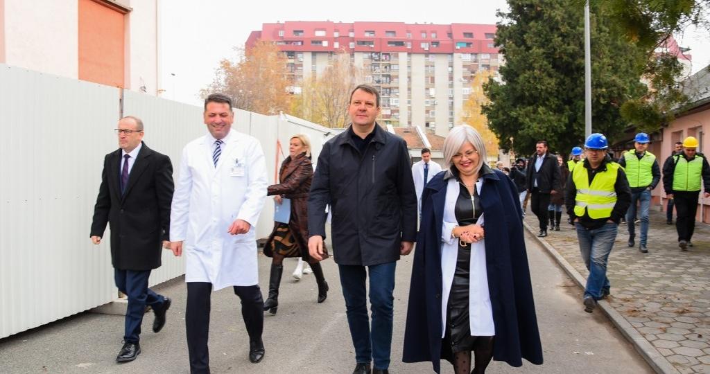 Obilazak radova na rekonstrukciji Klinike za ginekologiju i akušerstvo (22)